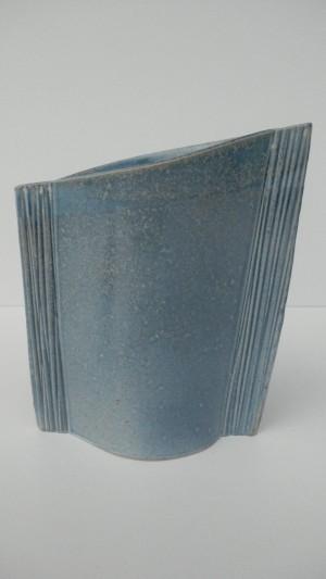 Vase asymétrique